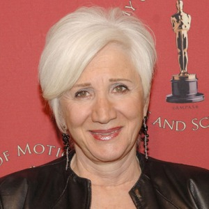 The Kennedy High the School's principal, Helen Jacobs (Olympia Dukakis).