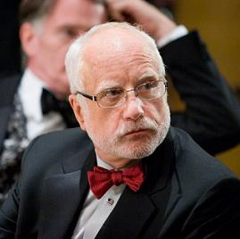 Richard Dreyfuss stars as the lead character - Glenn Holland